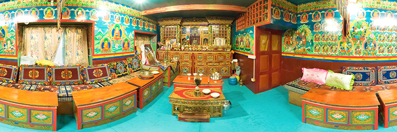 Tashis prayer room